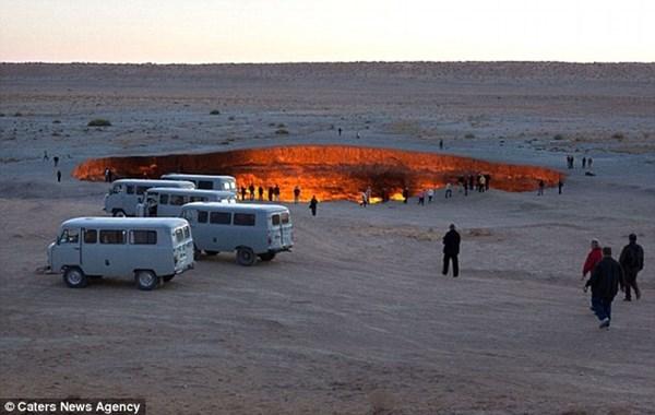 Nơi đây trở thành một địa điểm du lịch nổi tiếng tại Turkmenistan