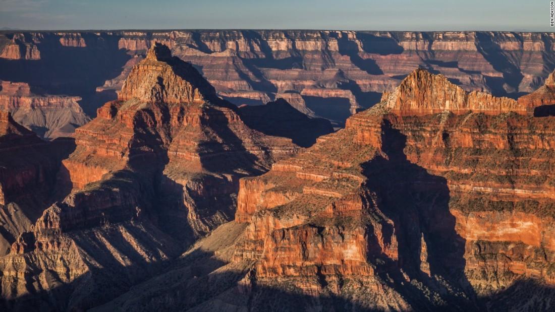 Grand Canyon hình thành từ 17 triệu năm trước và có niên đại khoảng 2 triệu năm tuổi.