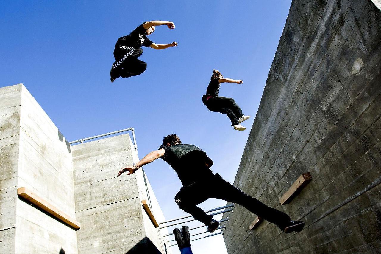 Parkour là tổng hòa của nhiều loại hình thể thao, nghệ thuật và cả võ thuật
