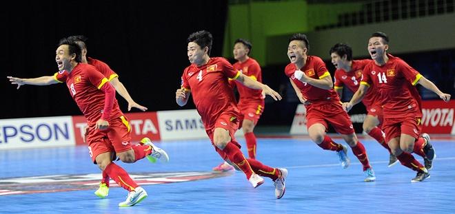 Đội tuyển Futsal Việt Nam vỡ òa trong chiến thắng – Ảnh: Internet
