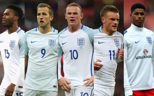 Sturridge (số 15) đáng được tin dùng ở EURO 2016. Ảnh: Internet