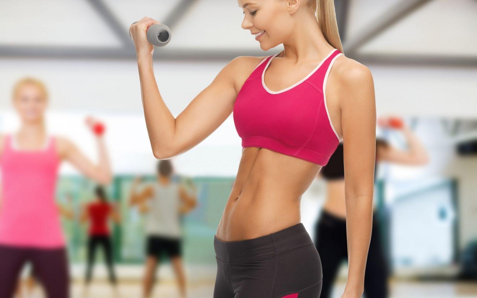 Không nên nhịn ăn trước khi tập gym