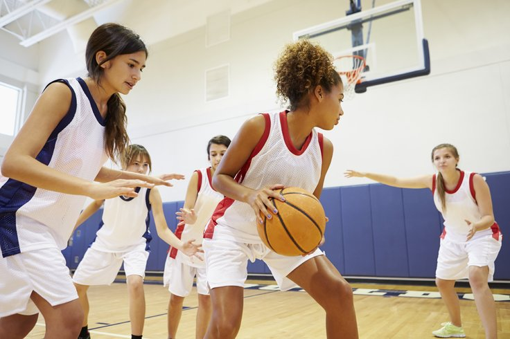 Đau cơ bắp chân khi chơi thể thao và cách chữa căng cơ