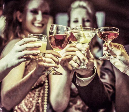 Tiệc cocktail là gì - Cocktail Party