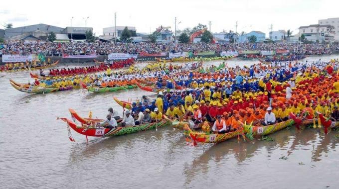 Nước tăng lực Number 1 tiếp tục góp phần đưa các hoạt động văn hóa truyền thống của đồng bào Khmer đến gần gũi hơn với người dân trong nước và cộng đồng quốc tế.