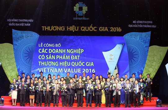 tan-hiep-phat-dat-giai-thuong-hieu-quoc-gia-2016-1-2
