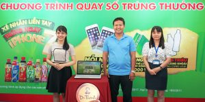 dai_dien_nguoi_tieu_dung_va_dai_dien_so_cong_thuong_tinh_binh_duong_tham_gia_chuong_trinh_quay_so_trung_thuong