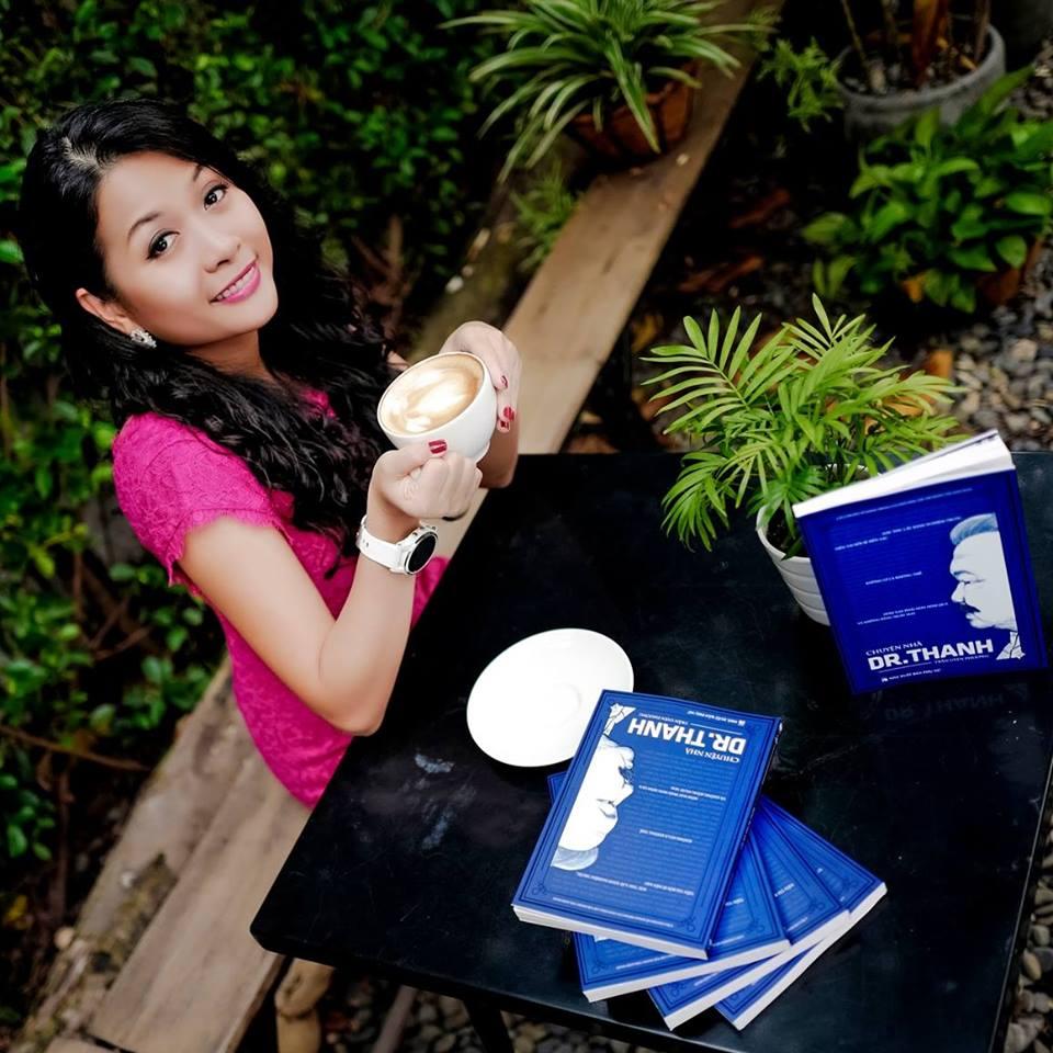 Cuốn sách Chuyện nhà Dr Thanh và lời cảm ơn của Uyên Phương