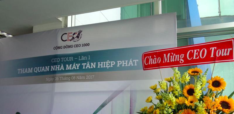 CEO 1000 tổ chức chuyến tham quan lần đầu tiên đến nhà máy Tân Hiệp Phát