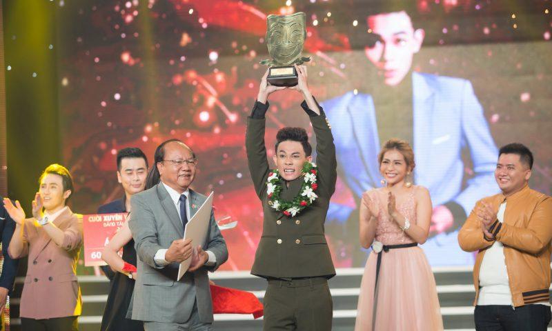 Hồng Thanh trở thành quán quân bảng Tài năng Cười xuyên Việt