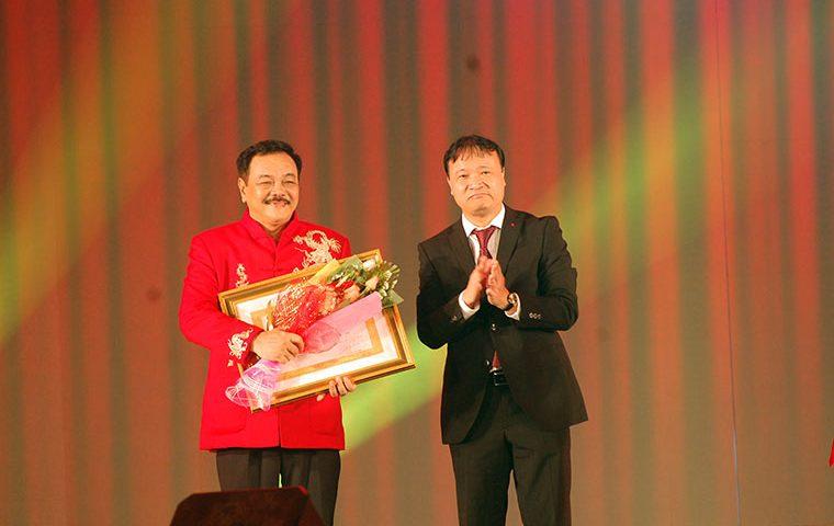 Trà thảo mộc Dr Thanh với người dùng Việt