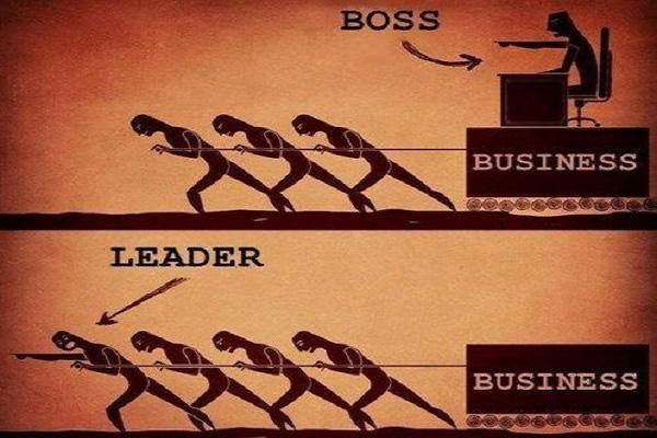 Phải biết phân thân để đóng đúng từng vai: Lãnh đạo và quản lý