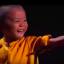 Cậu bé 5 tuổi múa côn như Lý Tiểu Long