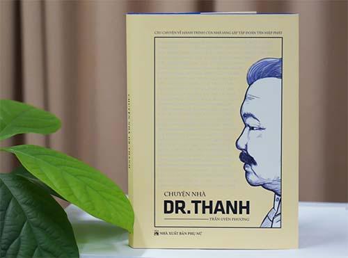 """Đọc """"Chuyện nhà Dr. Thanh"""" để thấy khát khao vươn ra biển lớn"""