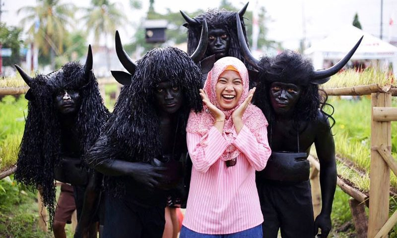 Những tập tục kỳ dị chỉ có ở Indonesia