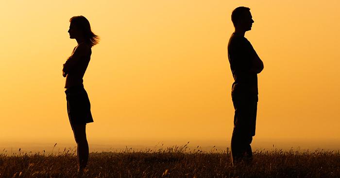 """Vì sao tình yêu trong """"cuộc sống hiện đại"""" rất dễ tan vỡ?"""