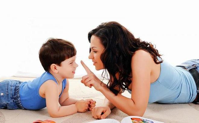 Cha mẹ dạy gì cho con?: Dạy theo cách… không dạy gì hết