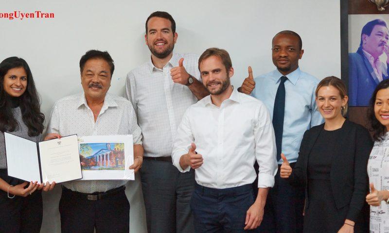 Sinh viên Harvard Business School tham quan Tập đoàn Tân Hiệp Phát để khởi động chương trình FIELD Global Immersion