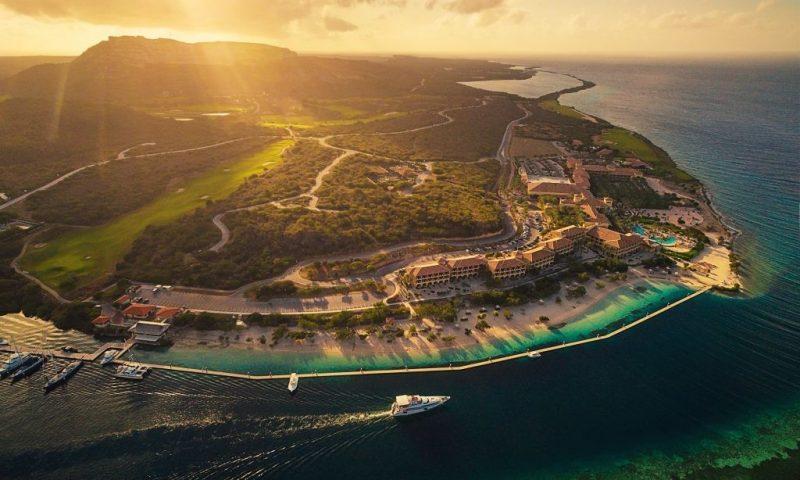 10 điều thú vị về Curaçao – đảo quốc tí hon có đội bóng dự King's Cup