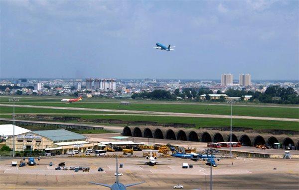 Thiếu hạ tầng hàng không thì các hãng hàng không sẽ không thể phát triển bền vững
