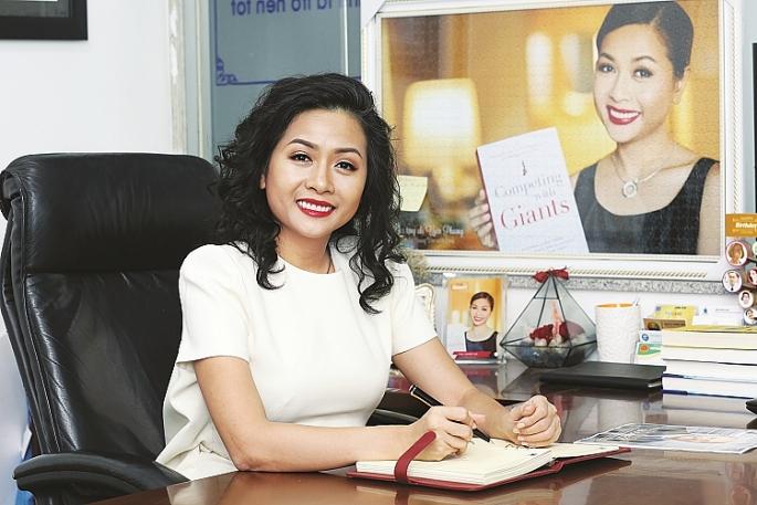 """Bà Trần Uyên Phương: """"Chúng tôi càng lớn càng phải nhanh hơn và uyển chuyển hơn để tiếp cận người tiêu dùng."""""""