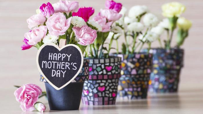 Ngày của Mẹ 2021: Gợi ý 5 món quà tặng yêu thương trong mùa dịch