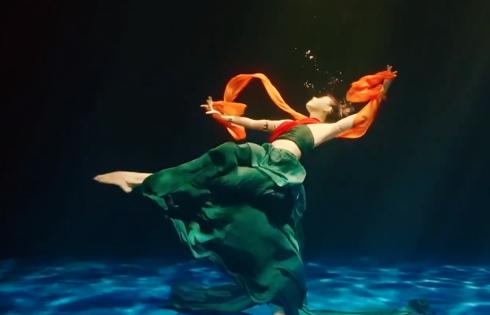 Tiết mục múa dưới nước thu hút khán giả Trung Quốc