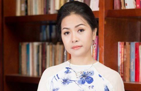 Doanh nhân Trần Uyên Phương: 'VietnamFinance là điểm tựa tin cậy, người bạn đồng hành với giới doanh nghiệp'